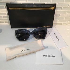 NWT Balenciaga Navy Silver Cat Eye Sunglasses
